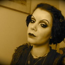 20's Silent movie make-up with a modern twist