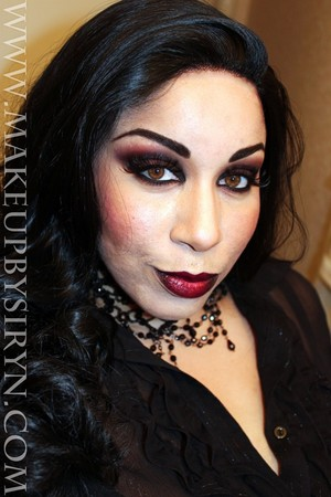 Halloween Series: Selene/The Black Queen Inspired Look!  More pics and products used:  http://makeupbysiryn.com/2012/10/03/halloween-series-selenethe-black-queen-inspired-look/