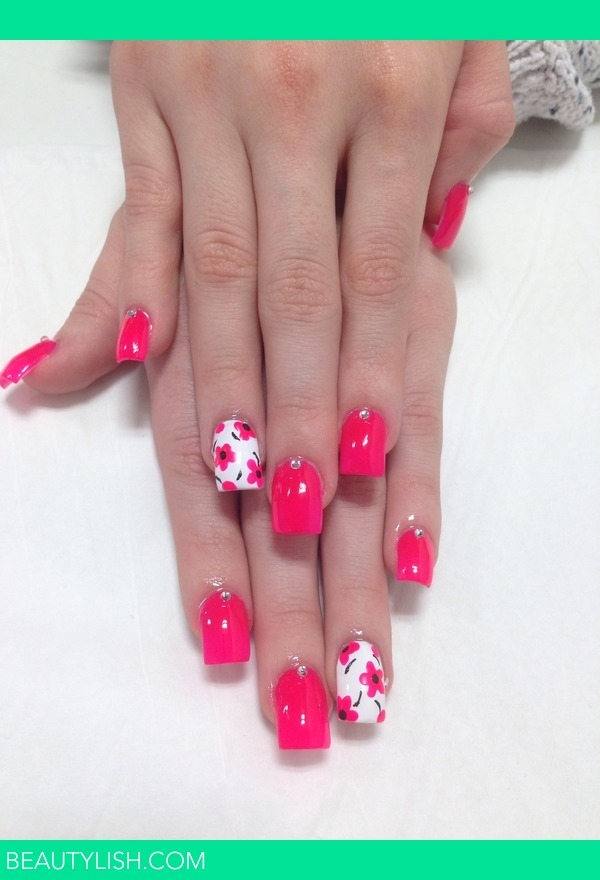 acrylic nails with flowers kimberleigh hs photo