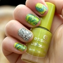 Mermaid Treasure - Water Marble with glitter finish