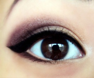Would be a great smokey prom look if falsies were added!