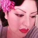 Classic Pinup look.