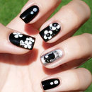 Monochrome Vintage Nails