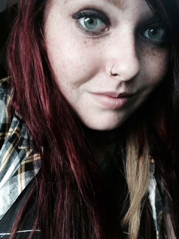 burgundy hair and green eyes sophie cs photo