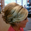 TWISTY/CURLY UPDO