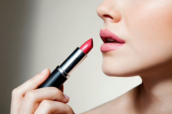 $5 Versus $50: What Makes a High-End Lipstick High-End?