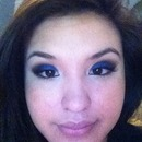 Practiced my blending with this blue smokey eye 💙 :)