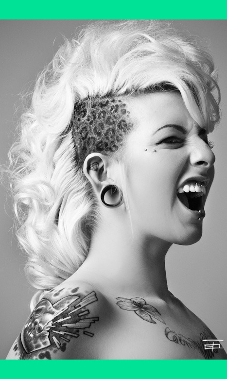 Hair mohawk smooth 39 e s 39 s photo beautylish for Tattoos on side of head