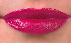 Amp It Up: The Magenta Lipstick Review