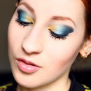 Blue and gold gradient look