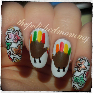 #nailartnov -thankful, pattern. Details on the blog>> http://www.thepolishedmommy.com/2013/11/happy-turkey-day.html