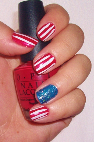 Easy 4th of July nails.