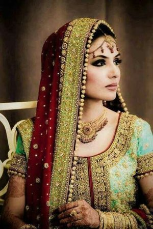I really like Indian culture and best part is their traditional weddings I really love that makeup