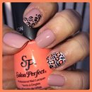 Bright Leopard Nail Art