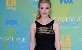 Gillian Jacobs at the Teen Choice Awards