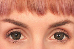 Big Eyes: How To Wear Circle Lenses