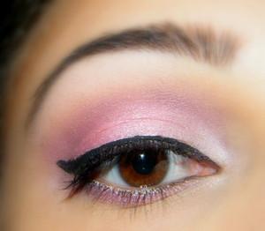 Urban Decay eyeshadow primer. Nyx jumbo eyeshadow pencil in cottage cheese Using Pure Fusions mineral eye shadows  Inner Corner of lid (Isis) In the middle (Pixie) Outer corner of lid (Hathor) Crease (Black cherry) Eye brow highlight (Berry chic) Then