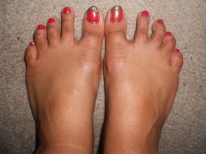 I might add black dots to my big toe. It'd look like shimmery watermelon. Cute!