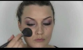 Quick & easy soft plum/purple make-up tutorial. Especially good on green eyes.