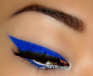 bold cat eye with my favourite pigment!