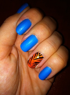 Tony The Tiger Inspired. Matte Blue With Bright Orange...