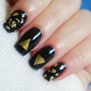 NYE Nails- Triangles and Foils
