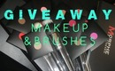 GIVEAWAY! Palettes, Brushes, & More!!