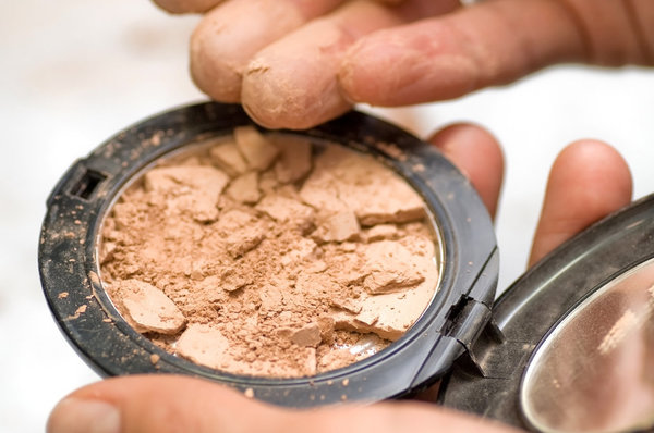 Makeup 911! Fix the broken or aging products lurking in your makeup bag.