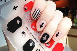 Nail Art Superstar: Madeline Poole