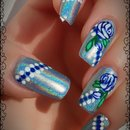 Blue Roses Holo Nails