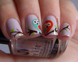 Happy Valentine's Day everyone! http://thepolishwell.blogspot.com/2013/02/nail-ideas-owl-love-you-forever.html