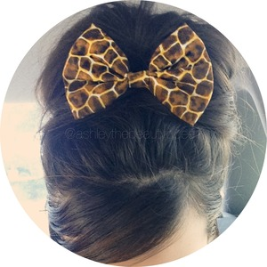 Bow is from bowsdownsouth.storeenvy.com! :)  YouTube: ashleymariex0x0 Tumblr: allthingsgirlyy Facebook: ashleythebeautyqueen  Instagram: @ashmariex0x0 and @ashleythebeautyqueen