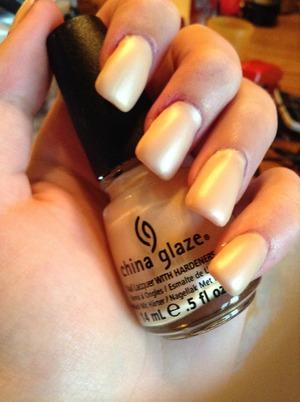 I'm loving this color! :)