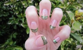 St. Patrick's Day Glitter French Manicure Nail Tutorial