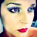 Smoky Eye And Bright Lip