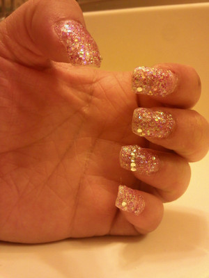 First time doing acrylic nails on MYSELF.