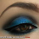 Electric blue smokey