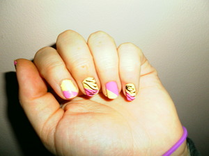 simple two-colored, diagonal, and zebra print