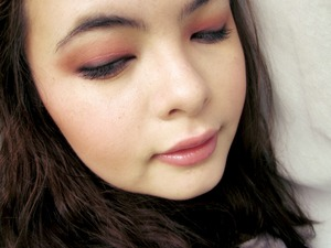 Soft yet dramatic valentines day look