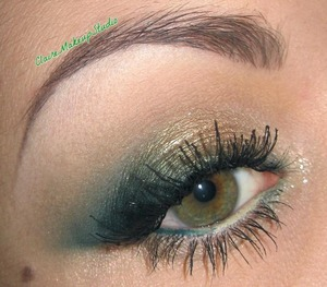 Tutorial for this look right here : http://www.youtube.com/watch?v=fzG3ZTQWENQ