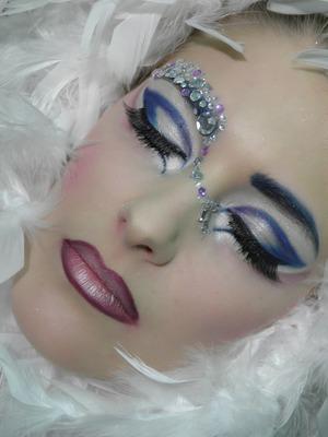 cedeb make-up laura