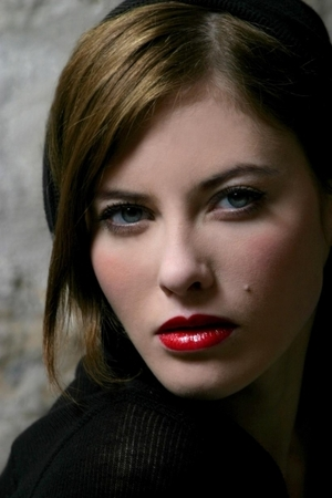 red glossy lip, medium hair, neutral eye