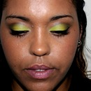 Summer look favorite! Lime Green Shadow