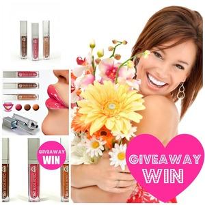 http://makeupfrwomen.blogspot.com/2012/02/giveaway-win-win-win-xoxo.html