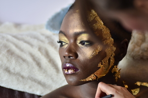 Me working on my gold leaf inspired photoshoot, you can check out more behind the scenes photos here http://fionahendersonmakeup.wordpress.com/2011/11/13/a-sneak-peek-into-my-gold-leaf-and-bright-pigment-shoot/