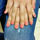 gel nails coral