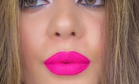 Turquoise Smokey Cat Eye & Bright Pink Lips