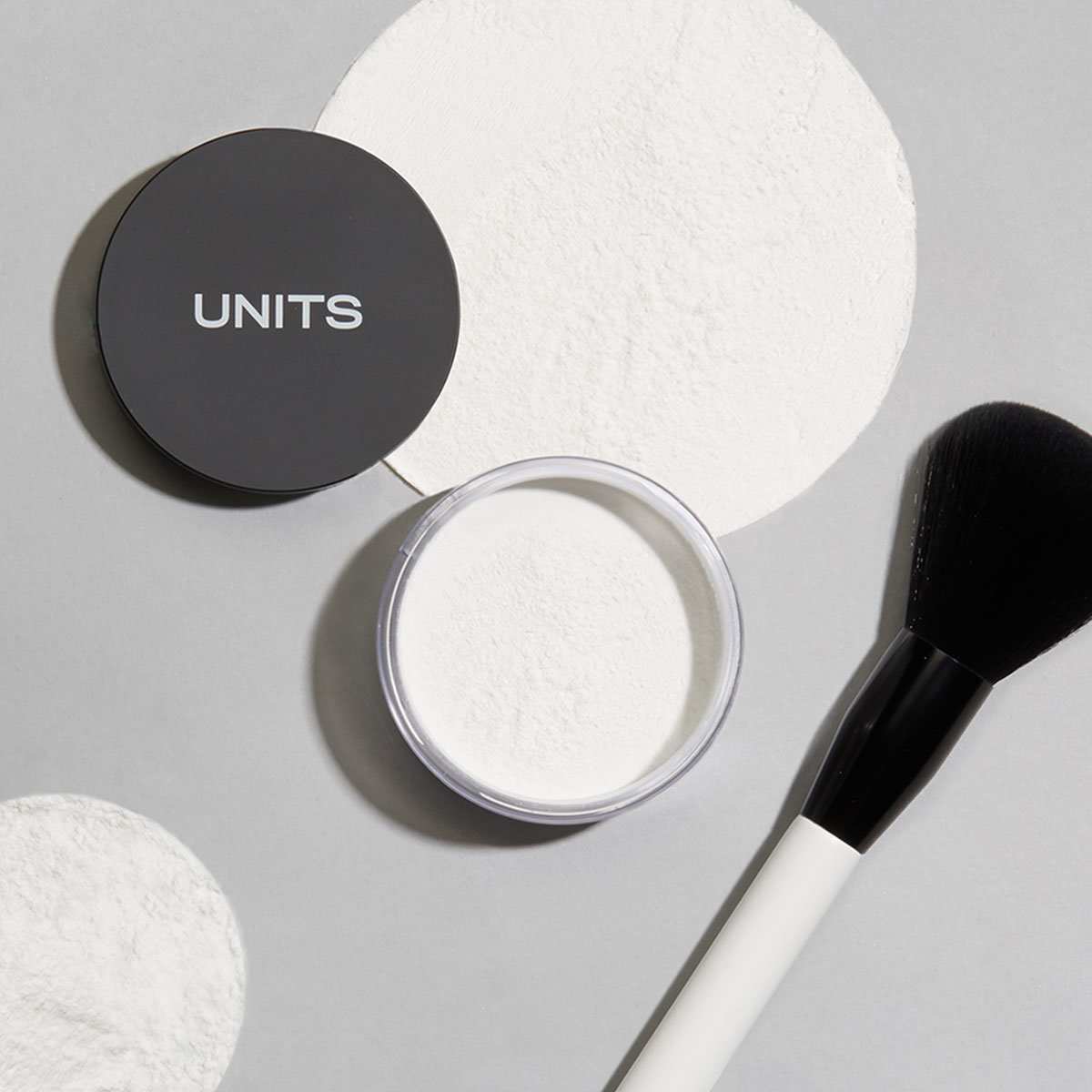 Alternate product image for UNIT 502 Loose Setting Powder shown with the description.