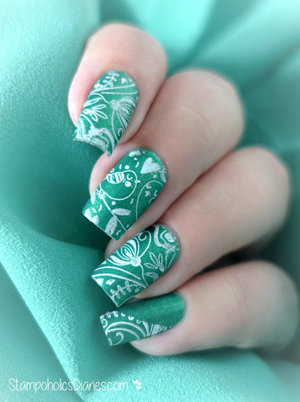 http://stampoholicsdiaries.com/2015/10/11/green-birdie-nails-with-el-corazon-essence-and-cicisisi/
