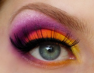 See www.pigmentsandpalettes.com for more details.